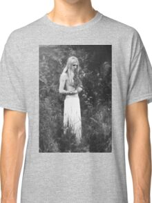 Nude Girl - NudeART Classic T-Shirt