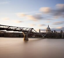 London by Johannes Valkama