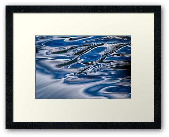 A river flows by Daniel  Parent
