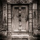 Banteay Srei (The Pink Temple) by hangingpixels