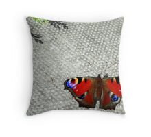 Butterfly break Throw Pillow
