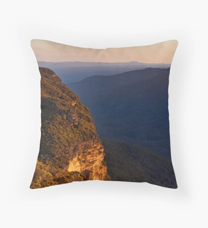 Kings Tableland Throw Pillow