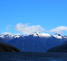 LakeTe Anau and the Mountains by KazM