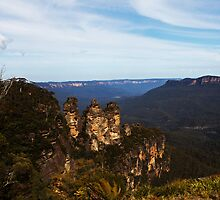 Three Sisters -Blue  Mountains- by Evita