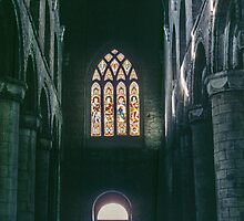Interior Dunfermline Abbey 195709070009 by Fred Mitchell