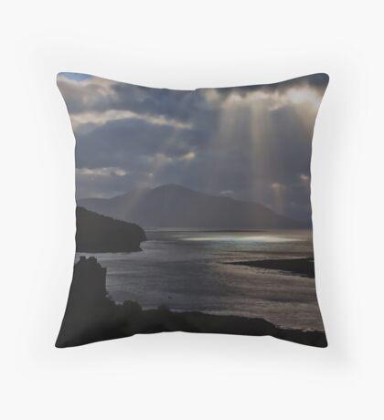 Sun Rays over Eilean Donal Castle Throw Pillow