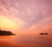 Sunrise along the coast in Hong Kong by kawing921