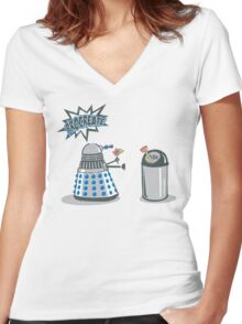 Dalek Crush Women's Fitted V-Neck T-Shirt
