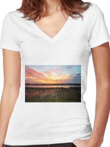 Sunset And Reflections Women's Fitted V-Neck T-Shirt