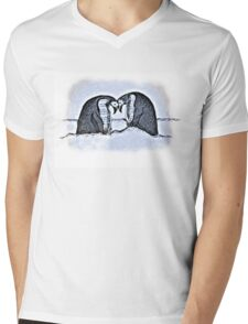 Snowy Winter Pretty Penguin Print Mens V-Neck T-Shirt