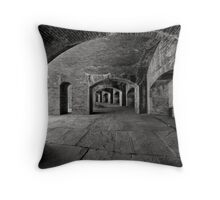 Caverne Throw Pillow