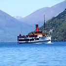 The TSS ' Earnslaw ' on Lake Wakatipu, New Zealand. by Roy  Massicks