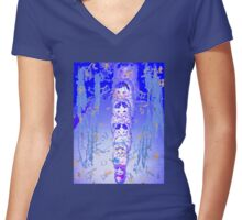 Russian Dolls In Blue Women's Fitted V-Neck T-Shirt