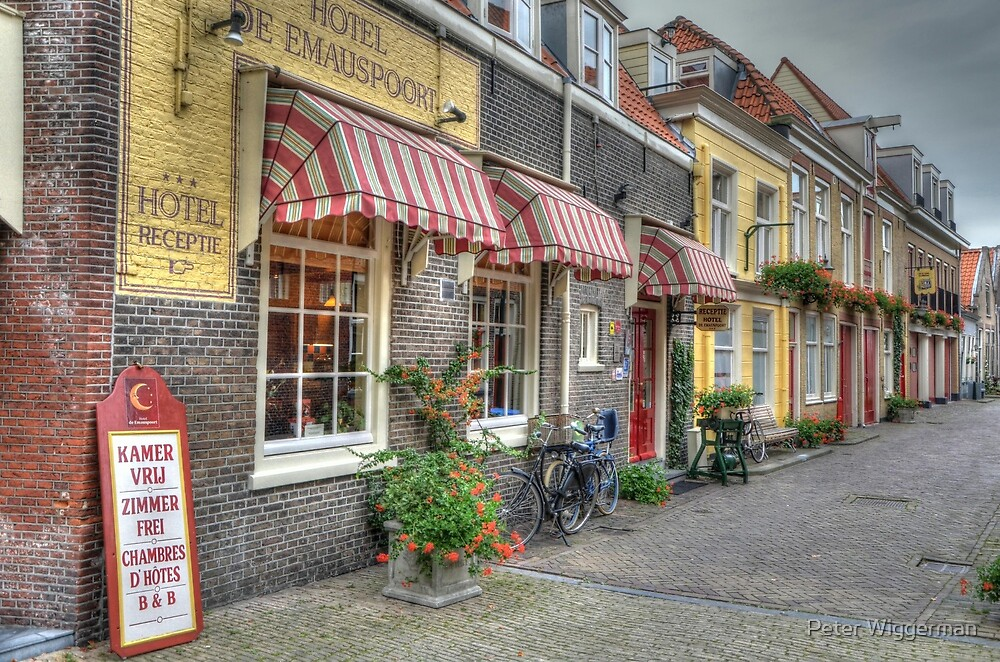 Colorfull street by Peter Wiggerman