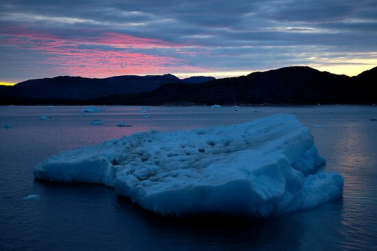 Icebergs Sunset by GillianSweeney
