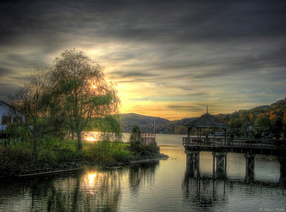 Autumn Sunset by gmnick