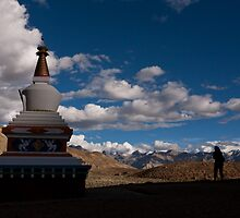 Stupa near Dankar, Indian Himalayas by espanek