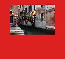 Venice, Italy - the Cheerful Christmassy Restaurant Entrance Bridge Unisex T-Shirt