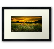 A BARMING SUNSET Framed Print