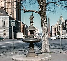 Drinking Fountain Russell street 196008000011 by Fred Mitchell