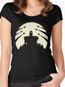 The Giant and the moon. Women's Fitted Scoop T-Shirt