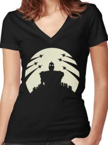 The Giant and the moon. Women's Fitted V-Neck T-Shirt