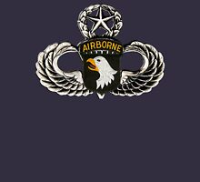 101st Airborne Division patch on sliver jumpwings. Unisex T-Shirt