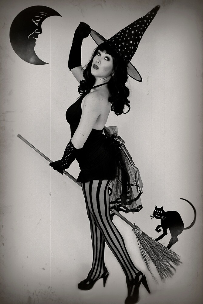 Witch Pinup by Analisa Ravella