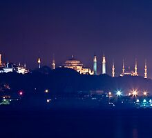 A Different Silhouette of Istanbul by Kuzeytac