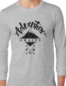 Adventure Awaits You - Cool Outdoor Shirt-Design Long Sleeve T-Shirt