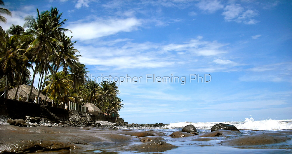 El Zonte Beach by Speculum Anima Photography