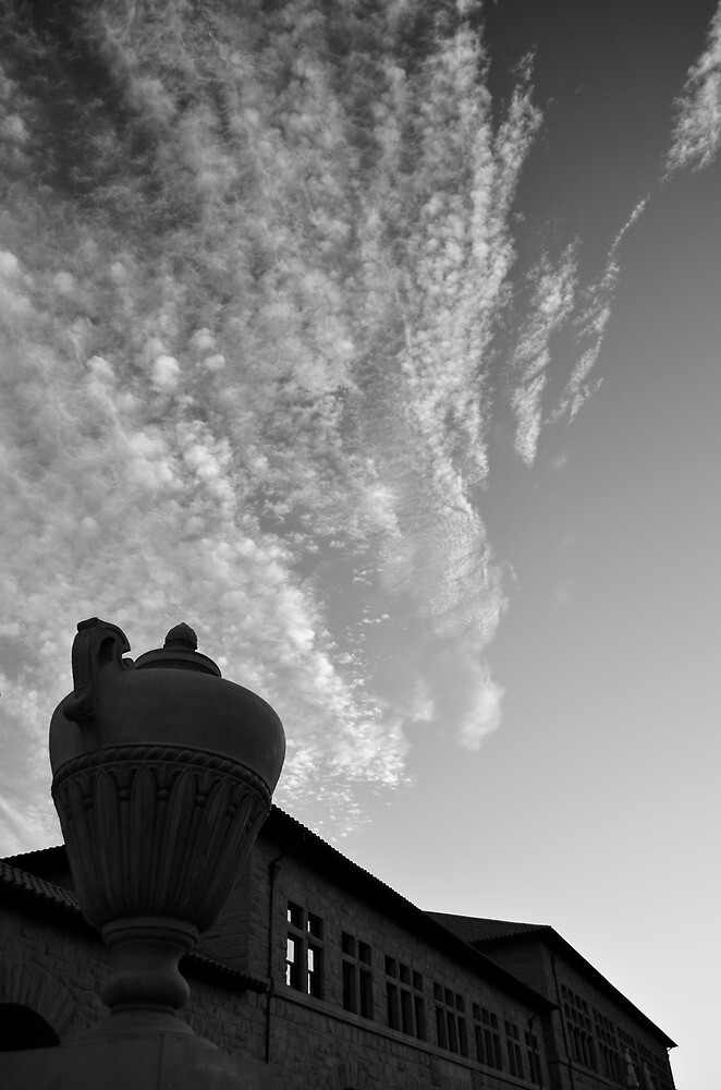 Sky and Brick by VincenzoL