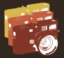 Leica addict by Vintage Tees