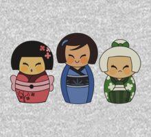 Kokeshis (Japanese dolls) Kids Tee