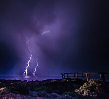 Thunder Point Lightning by Kylieau