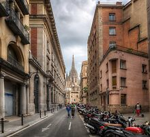 Street To Catedral de Barcelona by Yhun Suarez