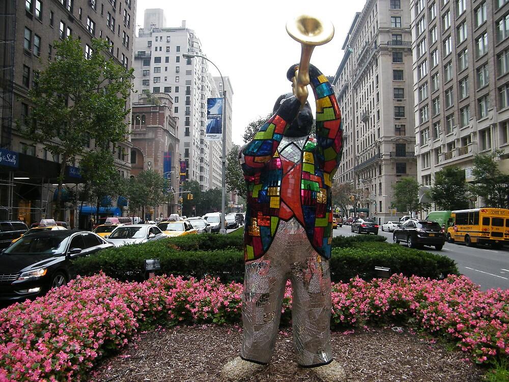 Louis Armstrong Statue, Park Avenue, New York, Niki de Saint Phalle, Artist by lenspiro