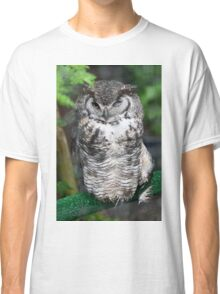 Spotted Owl in a tree Classic T-Shirt