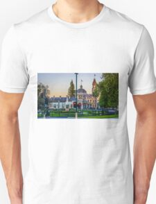 Beautiful Bendigo Icons at Sunset Unisex T-Shirt