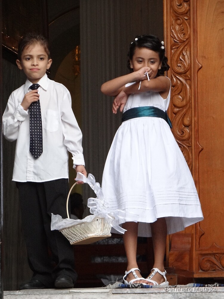 Wedding's Kids - Niños De Boda by Bernhard Matejka