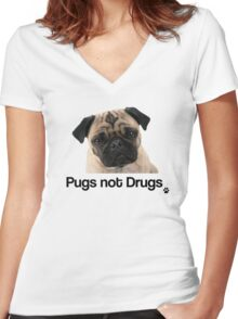 Pugs not Drugs Women's Fitted V-Neck T-Shirt