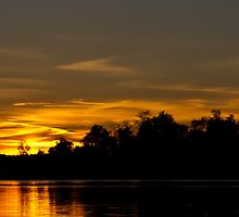 Sunset By Lake Ontelaunee by Tom Gotzy