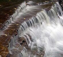 Waterdown falls by Faan Kuypers