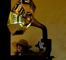 Antique Gramaphone by Al Bourassa