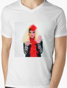 Drag Queen with blond wig Mens V-Neck T-Shirt
