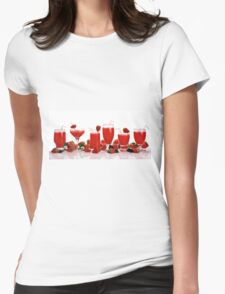 cool and refreshing red strawberry juice and strawberries Womens Fitted T-Shirt