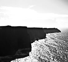 Ireland in Mono: Through Space And Time by Denise Abé