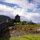 Eilean Donan Castle by mikebov