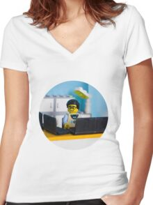 Lego geek Women's Fitted V-Neck T-Shirt