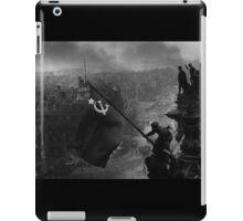 World War 2 - Soviet Flag Soldier iPad Case/Skin